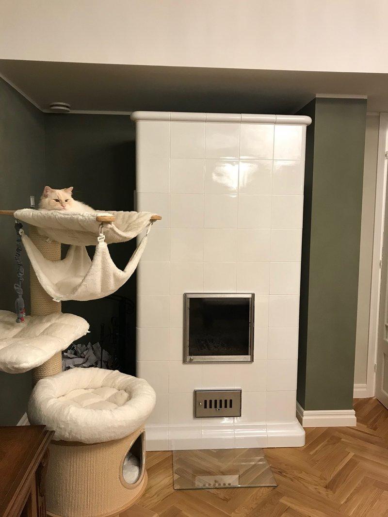 Ahi Hein glasuuritud ahjupotid valge soojustsalvestav koos kupsetusahjuga 2017 1